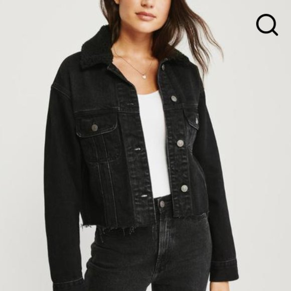 Cropped Sherpa Collar Oversized Denim Jacket